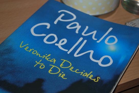 veronika decides to die- paulo coelho
